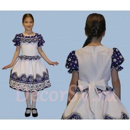 Платье детское в русском стиле бело-синее.