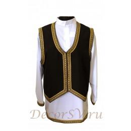 Еврейский мужской национальный костюм: рубашка и жилетка.