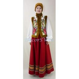 Костюм для зимних гуляний: жилетка с коричневом мехом утепленная, шапка и юбка.