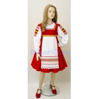 Детский русский народный костюм: сарафан с передником и блузка.