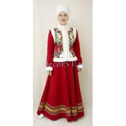 Зимний народный костюм: душегрея, юбка и шапка кубанка на голову.