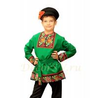 Рубашка народная для мальчика с рисунком на полочке и плечах зеленая.