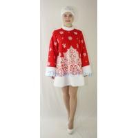 Новогодний костюм Снегурочки красного цвета: шубка меховая и кокошник - шапочка.