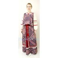 Русский народный костюм. В состав костюма входит сарафан, длинная коротёна и рубаха.