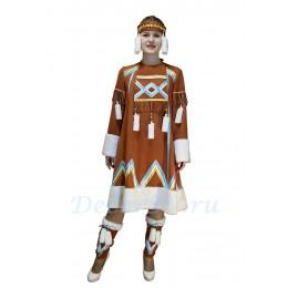 """Якутский национальный костюм: платье, повязка на голову, подъюбник, """"торбаса"""" на ноги."""