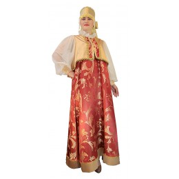 Русский народный костюм: сарафан, блуза и кокошник.